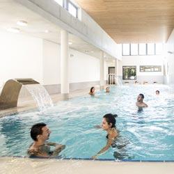 piscine balnéo club vacances
