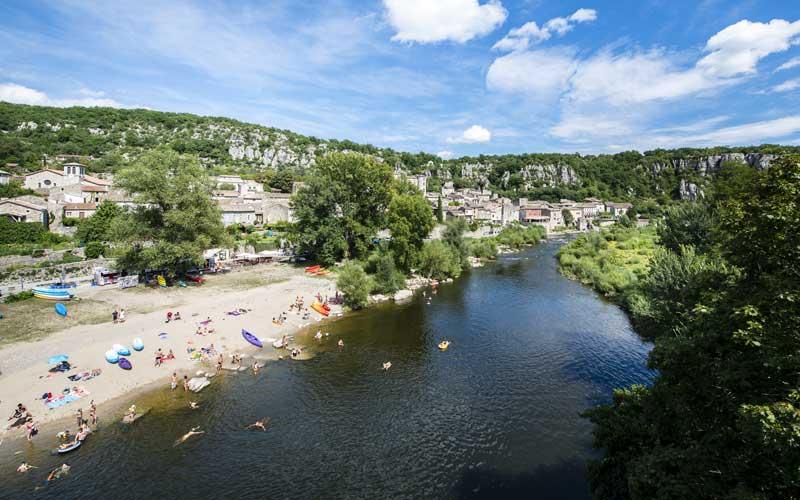 Plage Vogüé rivière Ardèche
